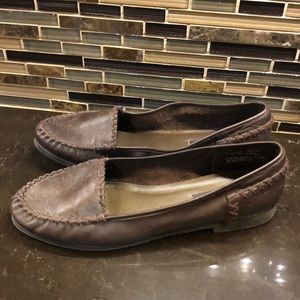 Ellemenno Brown Manitoba leather loafers flats